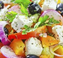 Cómo darle un saludable toque mediterráneo a tus comidas