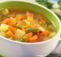 "Sopa de Verduras ""Minestrone"" estilo Latino"